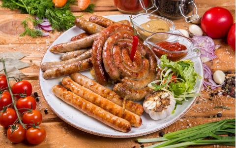 Асорті ковбас власного виробництва