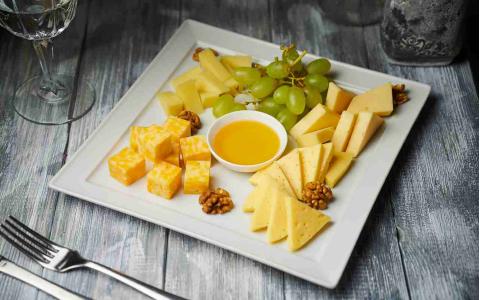Плато сирів